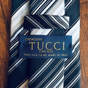 Tucci Tie with Blue Stripes
